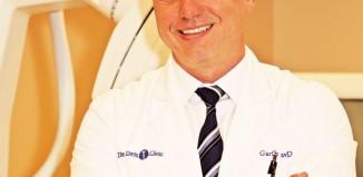 "Vegan dr. Garth Davis autor knjige ""Proteinaholic"""