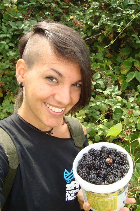 """Idem trbuhom za voćem..."" - Marina Zrnić"