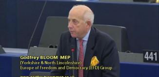 """Godfrey Bloom u Europskom parlamentu: """"Zašto je cijeli bankarski sustav prijevara?"""""""