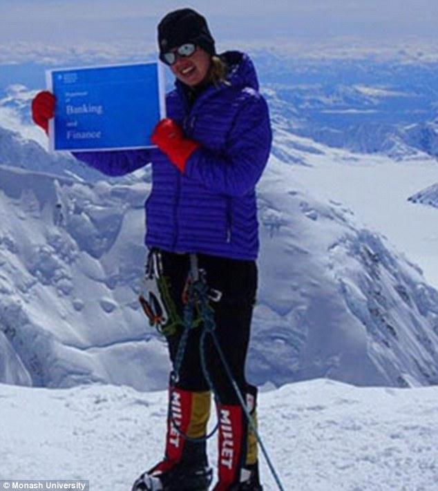 Veganka dr. Maria Strydom umrla je pri silasku s Everesta, vjerojatno od moždanog udara.