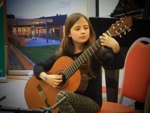 Rien Međugorac (gitara)
