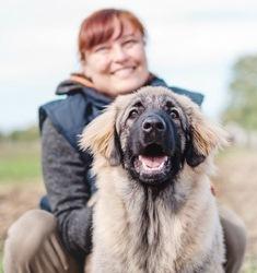 Sandra Ilievski (instruktorica i savjetnica za ponašanje pasa, službena primijenjena pseća etologistica (Certified Applied Canine Ethologist))